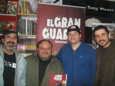 Gabriel Aique, Pedro Tralkan y Claudio Alvarez, el equipo de El Gran Guarén en pleno en el FCBD de Shazam Comics con los amigos de Huérfanos de la Viñeta.